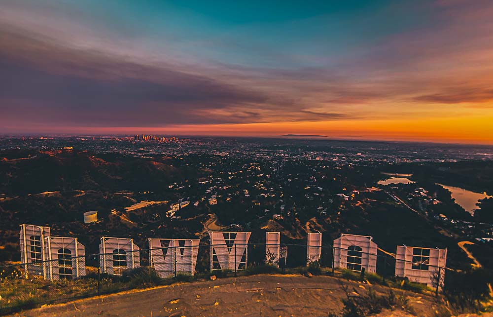 Hollywood Sign mit Blick auf Los Angeles, USA